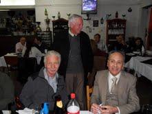 8/6/2013 - Cena 50º Aniversario - Socios fundadores: Juan Horwitz (LU2DAT y Walter Van Der Werff (LU6DGA) con Carlos Portaluppi (LU7EIY)