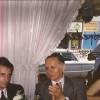 12/11/2000 - Cena 37º Aniversario. Julio Cortassa (ex LU1DCJ) presidente del RC Caseros. Luis Calabrese, Jefe de la Sección Radioaficionados de la CNC. Roberto Heredia, Secretario de Gobierno municipal.