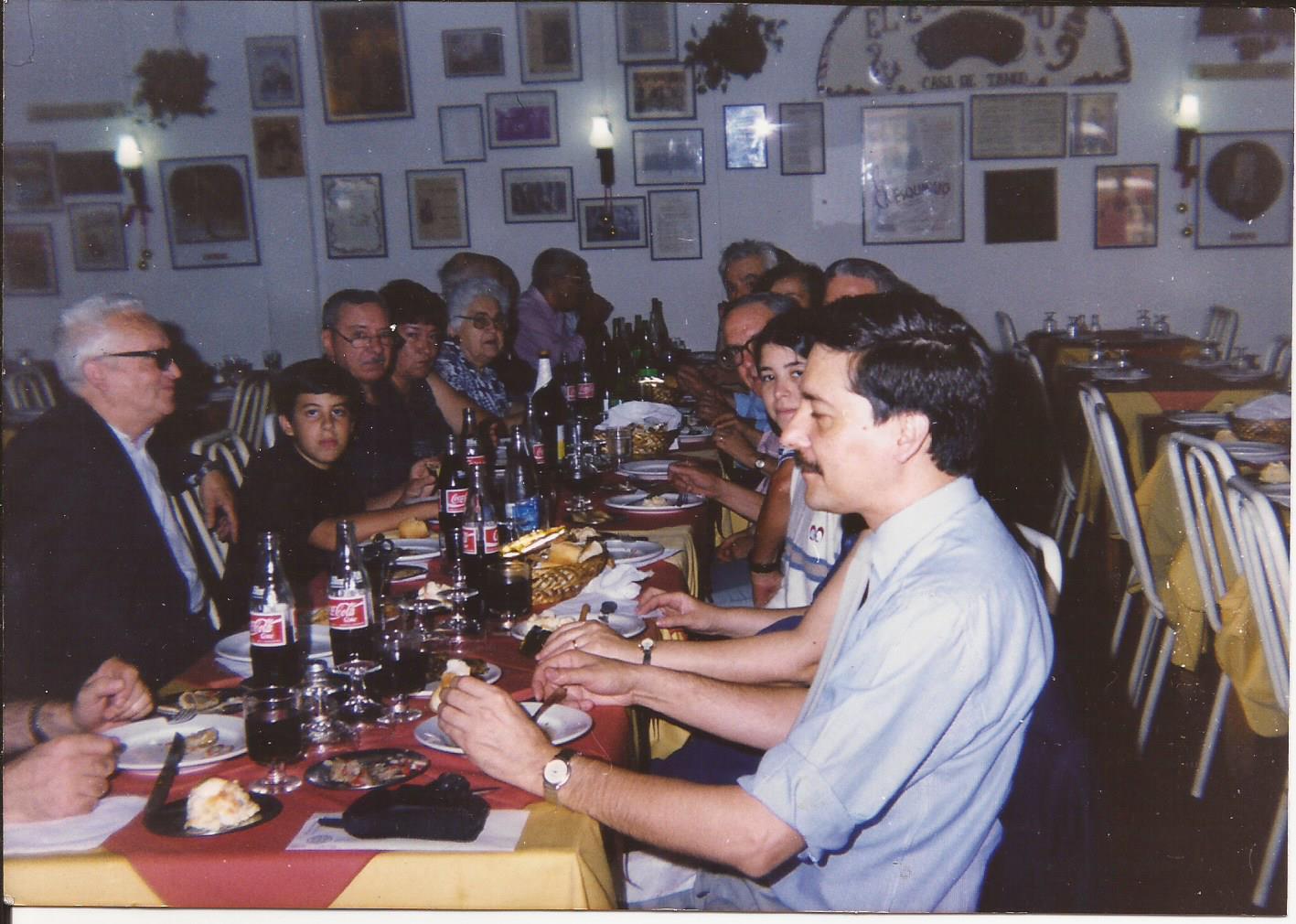 Tradicional cena aniversario.
